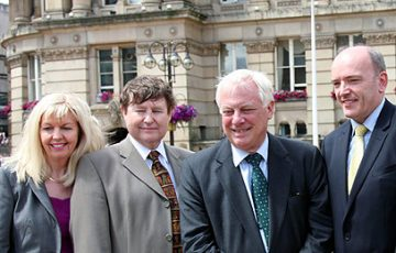 Lord Patten visits Papal Mass site in Birmingham